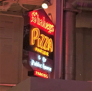 Picture of Shakeys Pizza Neon Sign