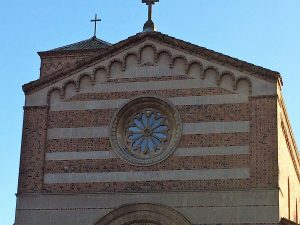 Picture of exterior of Sacred Heart Church the A Procession of Carols venue