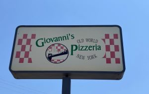 Photo of Giovanni's Sign