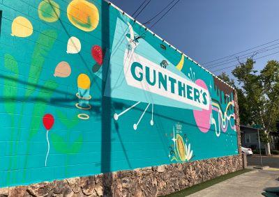Photo of Gunther's Ice Cream Mural